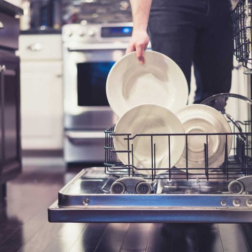 things you should not put into a dishwasher