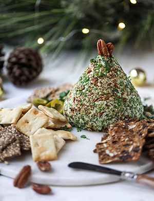 cheeseball holiday appetizer