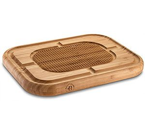 Wooden turkey carving board